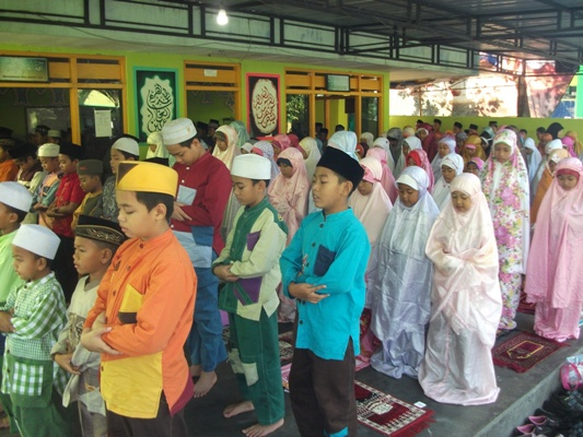 Praktek Sholat Idul Fitri