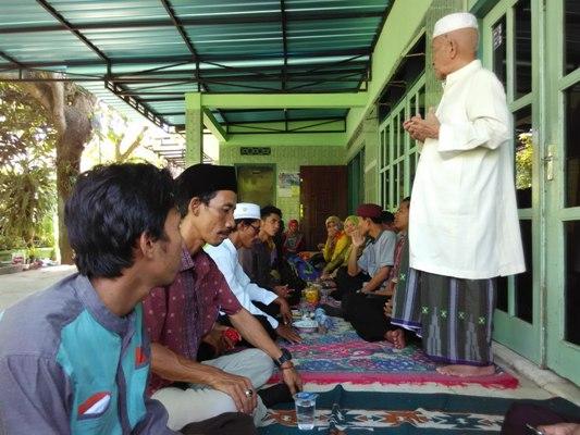 Halal Bi Halal ke Kyai-kyai Sepuh di Lamongan