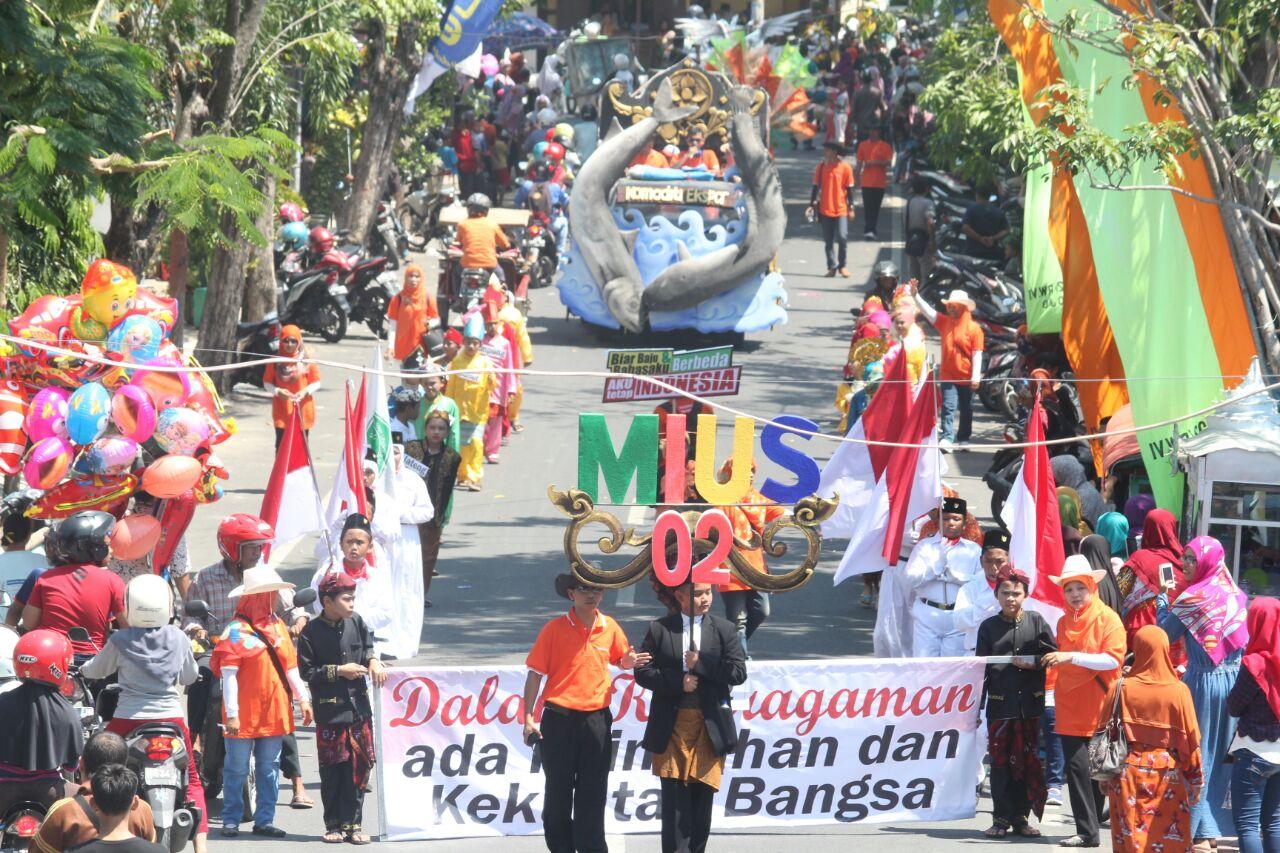 Barisan MIUS Carnaval